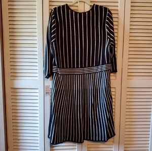 NY Collection Black & White Pleated Knit Dress